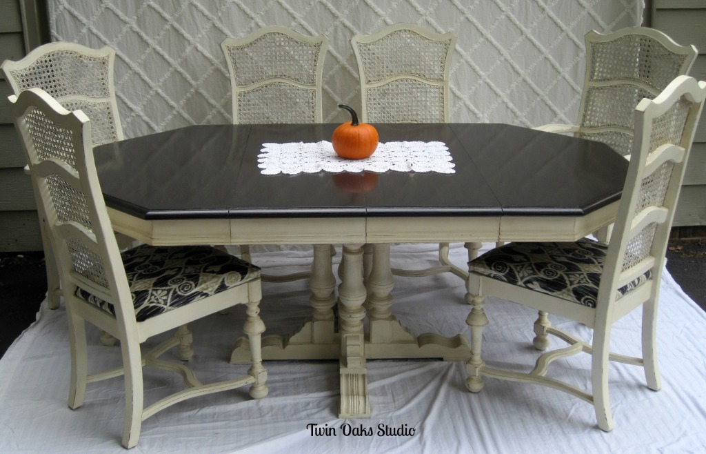 Vintage ethan allen dining set re do twin oaks studio for Dining room table in chalk paint