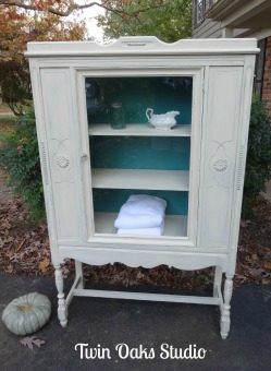daisy china cabinet