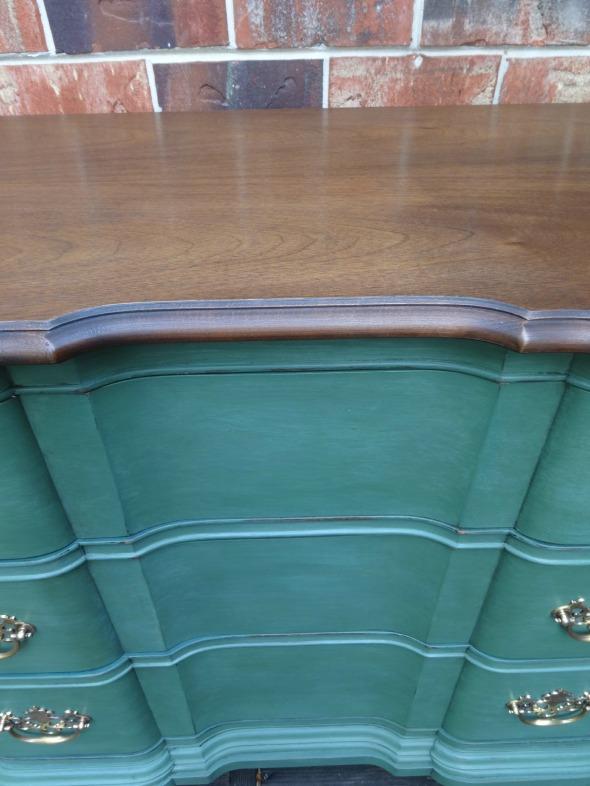green dresser3